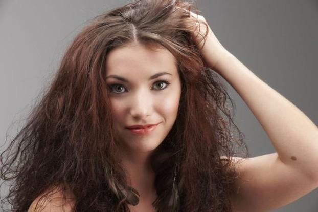 pazeisti plaukai
